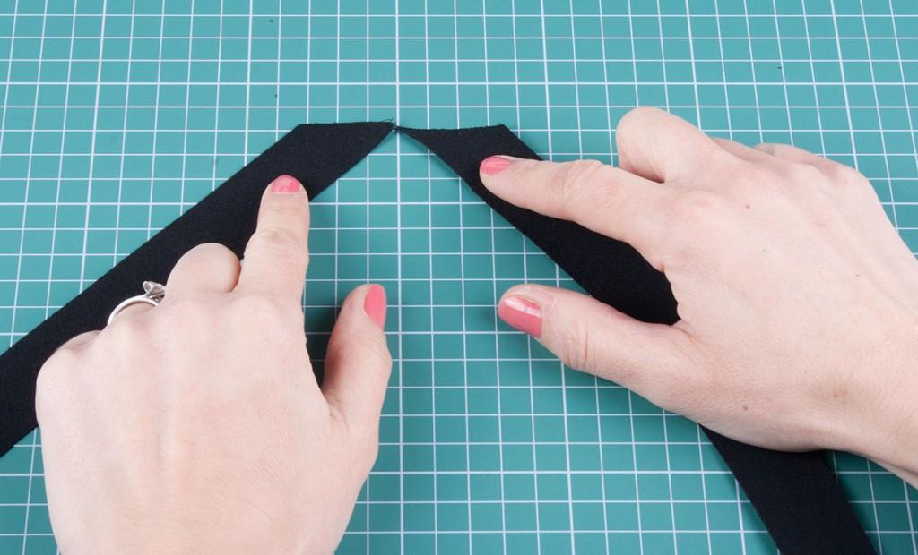 Bias Binding - Positioning the strips